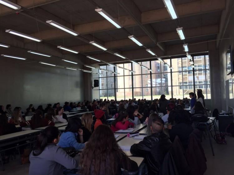 Becas de prestación de servicios para actividades académicas: Alumno Ayudante Curso de Ingreso 2017