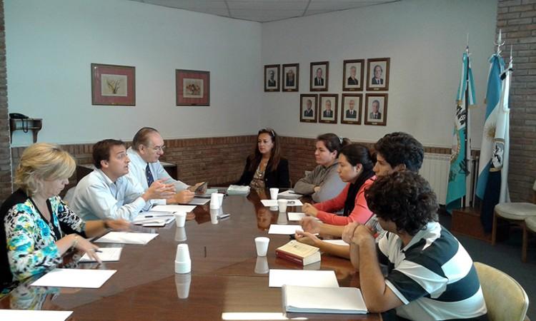 Se reunió el equipo de Actualización e Innovación del Plan de Estudios.