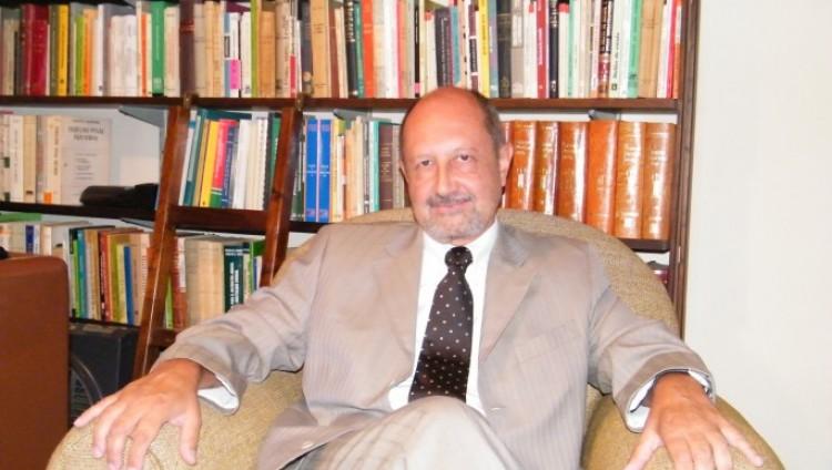 La Facultad de Derecho lamenta profundamente el fallecimiento de su querido profesor Arístides Horacio Agüero