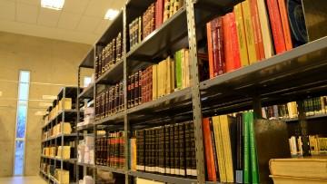 La Biblioteca de la Facultad de Derecho atenderá presencialmente