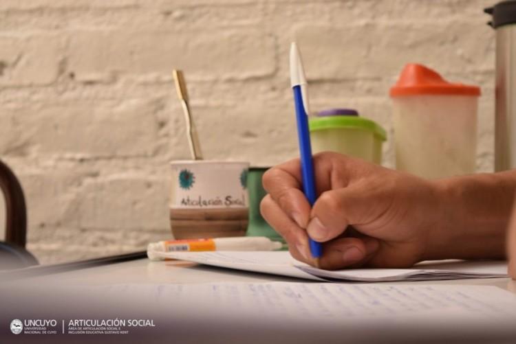 Convocatoria abierta: Tutoría para estudiantes en contexto de encierro