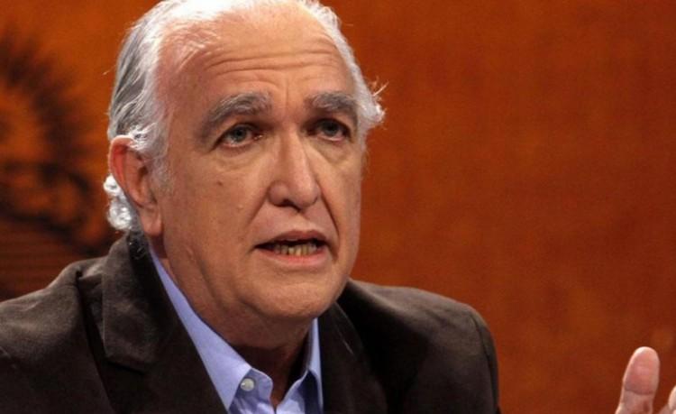 """Ricardo Gil Lavedra disertará sobre """"Corrupción y sus implicancias"""" en la Facultad de Derecho"""