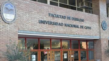 Concurso Especial para Docentes Interinos de la Facultad de Derecho
