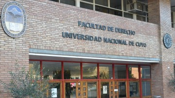 La Facultad de Derecho avanza en la acreditación de la carrera de Abogacía ante CONEAU