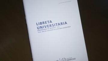 Entrega de las nuevas Libretas Universitarias